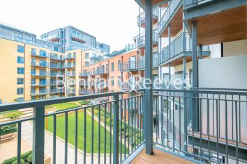 2 bedroom(s) flat to rent in Aerodrome Road, Colindale, NW9-image 6