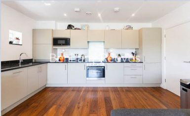 2 bedroom(s) flat to rent in Heath Parade, Colindale, NW9-image 2