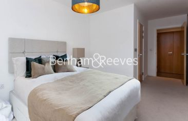 2 bedroom(s) flat to rent in Lismore Boulevard, Colindale, NW9-image 3