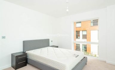 2 bedroom(s) flat to rent in Thonrey Close, Colindale, NW9-image 11