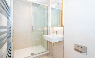 2 bedroom(s) flat to rent in Thonrey Close, Colindale, NW9-image 12