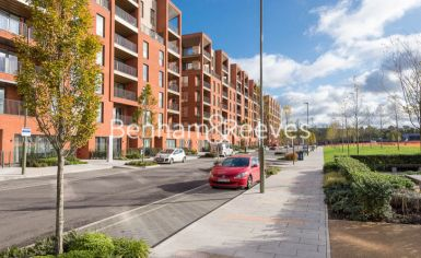 2 bedroom(s) flat to rent in Lismore Boulevard, Colindale, NW9-image 2