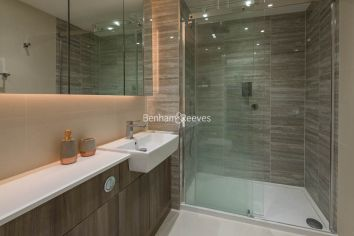 2 bedroom(s) flat to rent in Beaufort Square, Colindale, NW9-image 9