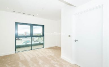 3 bedroom(s) flat to rent in Caversham Road, Colindale, NW9-image 2