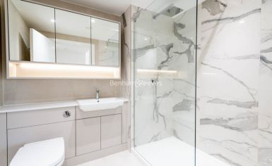 3 bedroom(s) flat to rent in Caversham Road, Colindale, NW9-image 13