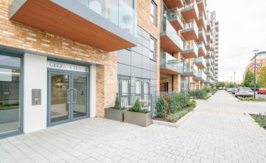 3 bedroom(s) flat to rent in Caversham Road, Colindale, NW9-image 17