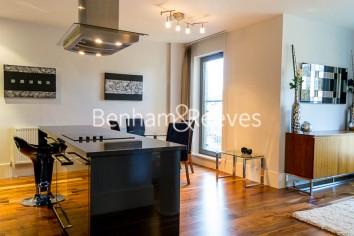 2 bedroom(s) flat to rent in Theobalds Road, Bloomsbury, WC1-image 1