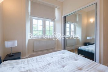 2 bedroom(s) flat to rent in Rosebery Avenue, Islington, EC1-image 4