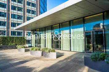 Studio flat to rent in Moor Lane, City, EC2Y-image 9