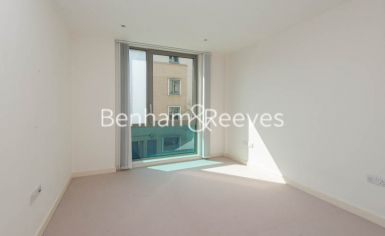 1 bedroom(s) flat to rent in Trematon Building, Regents Quarter, Trematon Walk, N1-image 3