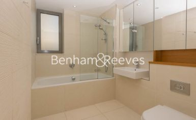 1 bedroom(s) flat to rent in Trematon Building, Regents Quarter, Trematon Walk, N1-image 4