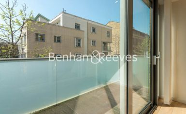 1 bedroom(s) flat to rent in Trematon Building, Regents Quarter, Trematon Walk, N1-image 5