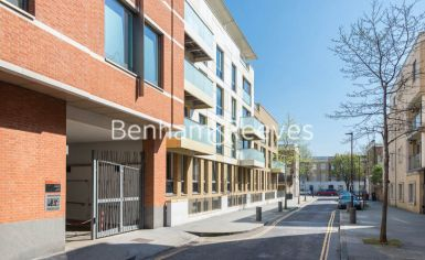 1 bedroom(s) flat to rent in Trematon Building, Regents Quarter, Trematon Walk, N1-image 10