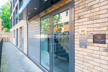 1 bedroom(s) flat to rent in Becket House, Westking Place, WC1H-image 5