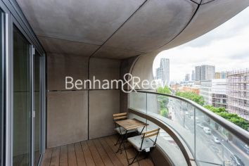 1 bedroom(s) flat to rent in Canaletto Tower, City Road, EC1-image 11