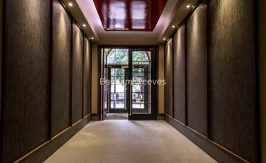 Studio flat to rent in Albany House, Judd Street, WC1H-image 5