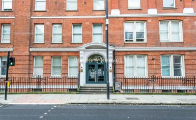 Studio flat to rent in Albany House, Judd Street, WC1H-image 6