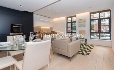 1 bedroom(s) flat to rent in Askew Building, Barts Square, St Pauls, EC1A-image 3