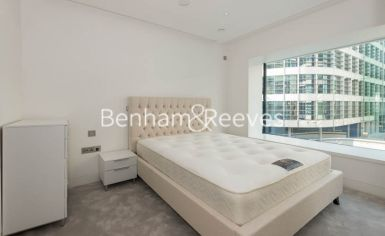 1 bedroom(s) flat to rent in Landmark Place, Water Lane, EC3R-image 4