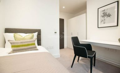 3 bedroom(s) flat to rent in Delphini Apartments, Blackfriars Circus, SE1-image 13