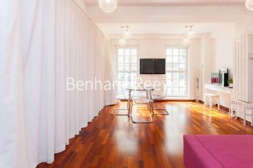 Studio flat to rent in Craven Street, City, WC2N-image 3