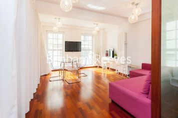Studio flat to rent in Craven Street, City, WC2N-image 11