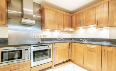 2 bedroom(s) flat to rent in Temple House, Temple Avenue, EC4Y-image 2