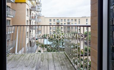 2 bedroom(s) flat to rent in Carronade Court, Eden Grove, N7-image 5