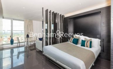 Studio flat to rent in Pan Peninsula West, Canary Wharf, E14-image 4