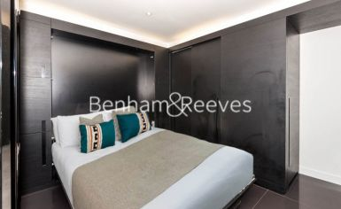 Studio flat to rent in Pan Peninsula West, Canary Wharf, E14-image 10