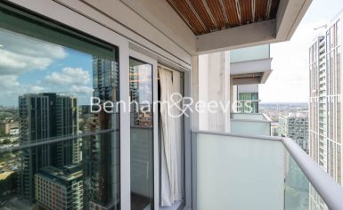 Studio flat to rent in Pan Peninsula West, Canary Wharf, E14-image 11