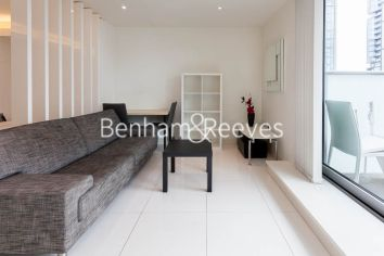 Studio flat to rent in Pan Peninsula Square, Canary Wharf, E14-image 6