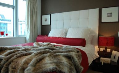 2 bedroom(s) flat to rent in Pan Peninsula West, Canary Wharf, E14-image 5
