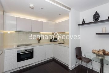 1 bedroom(s) flat to rent in Pan Peninsula West Tower, Canary Wharf, E14-image 2