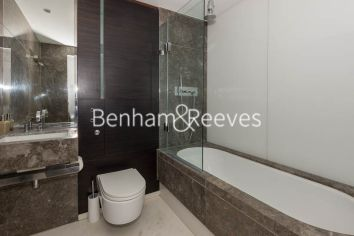1 bedroom(s) flat to rent in Pan Peninsula West Tower, Canary Wharf, E14-image 4