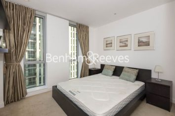 1 bedroom(s) flat to rent in Pan Peninsula West Tower, Canary Wharf, E14-image 8