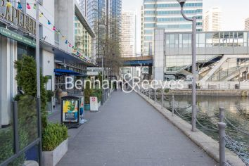 1 bedroom(s) flat to rent in Pan Peninsula West Tower, Canary Wharf, E14-image 9