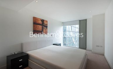 1 bedroom(s) flat to rent in Marsh Wall, Canary Wharf, E14-image 9