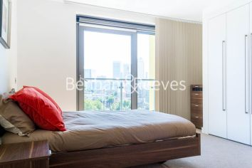 2 bedroom(s) flat to rent in Aqua Vista Square, Canary Wharf, E3-image 7