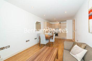 1 bedroom(s) flat to rent in Werner Court, Aqua Vista Square, E3-image 1