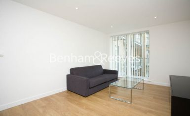 2 bedroom(s) flat to rent in Seven Sea Gardens, Canary Wharf, E3-image 1