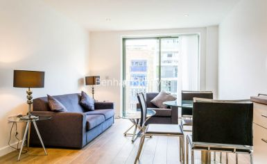 1 bedroom(s) flat to rent in Ravenscroft Court, Canary Wharf, E1-image 1