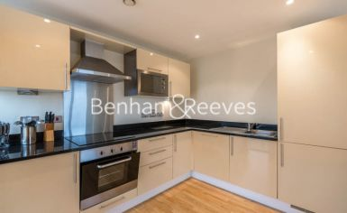 2 bedroom(s) flat to rent in Denison House, Canary Wharf, E14-image 2