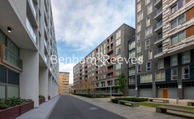 2 bedroom(s) flat to rent in Denison House, Canary Wharf, E14-image 9