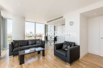 2 bedroom(s) flat to rent in Landmark East, Canary Wharf, E14-image 1