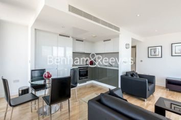 2 bedroom(s) flat to rent in Landmark East, Canary Wharf, E14-image 7