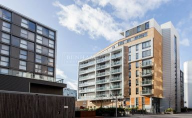 1 bedroom(s) flat to rent in Dowells Street, Canary Wharf, SE10-image 8