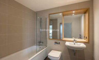 1 bedroom(s) flat to rent in Dowells Street, Canary Wharf, SE10-image 3
