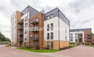 1 bedroom(s) flat to rent in Victoria Way, Fairthorn Road, SE7-image 5
