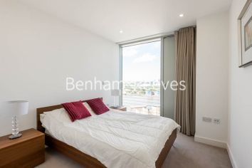 2 bedroom(s) flat to rent in Landmark East, Marsh Wall, E14-image 9